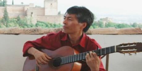 スペインギター見学&体験ツアー